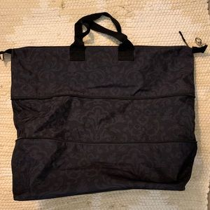 Thirty-One Expand a Tote Travel